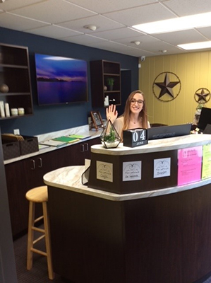 Chiropractic Corry PA Reception at Iadeluca Chiropractic