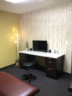 Chiropractic Corry PA Treatment Room at Iadeluca Chiropractic
